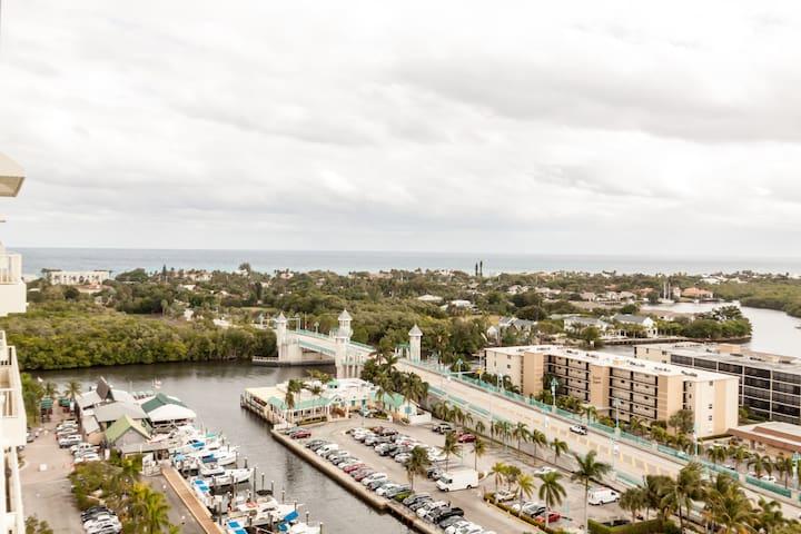 Breezy ocean condo views - Boynton Beach - Appartement