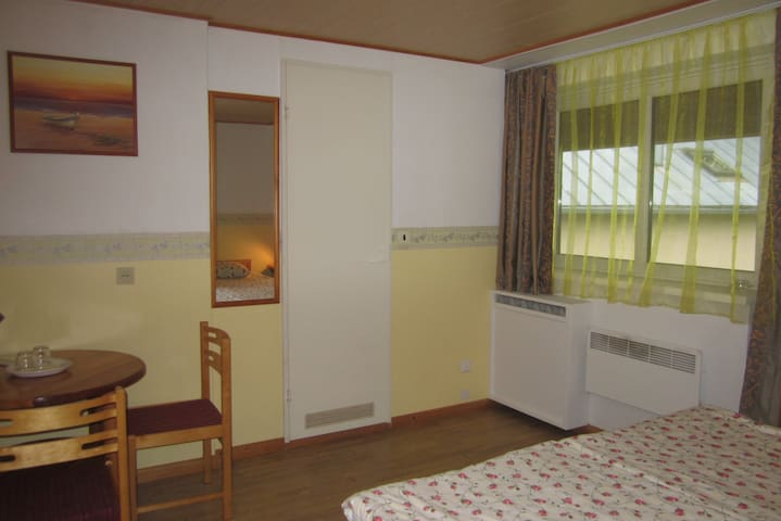 Twin/Dbl Room with Balcony Nr.4 - Kuressaare - Bed & Breakfast