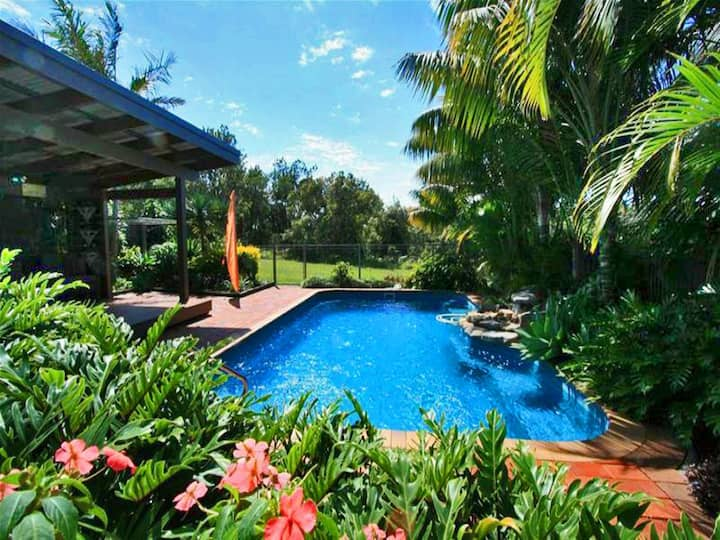 Illalangi - views, pool, walk to beach