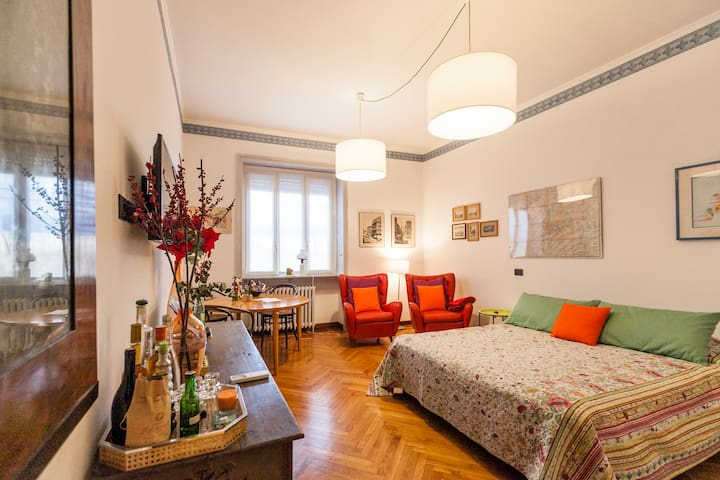Bright and warm top floor in Brera - Milano - Condominio