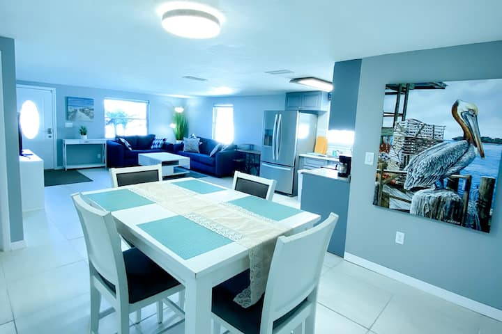 Ocean Blue House - 11 minutes to #1 Beach in USA