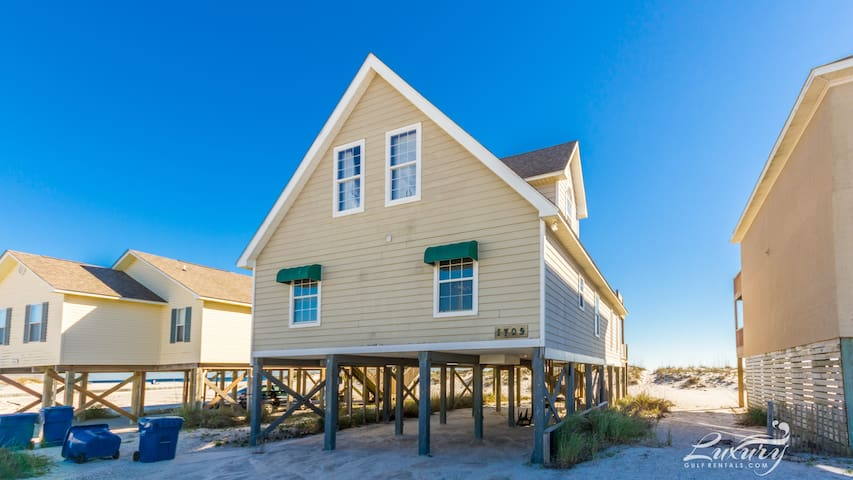 All reasonable offers considered for any stay ** Pass Time 4BR hm** - Gulf Shores - Appartement