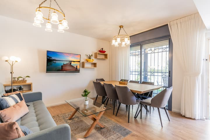 ✵luxury 3bdr Apt next to the old city with parking