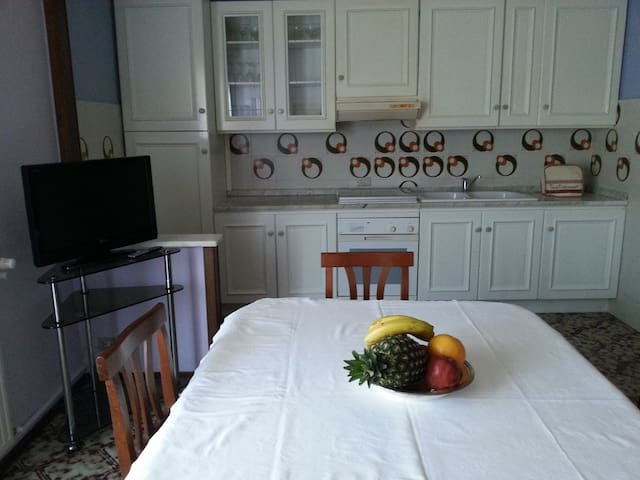Quiet, elegant and comfortable flat, Elsa's House - Fiorenzuola d'Arda - Bed & Breakfast