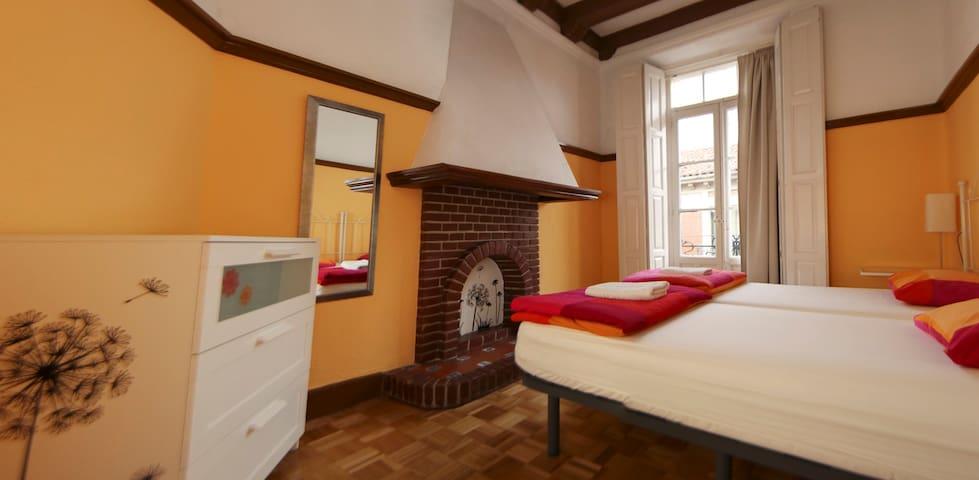 Habitación Doble en Leon Hostel