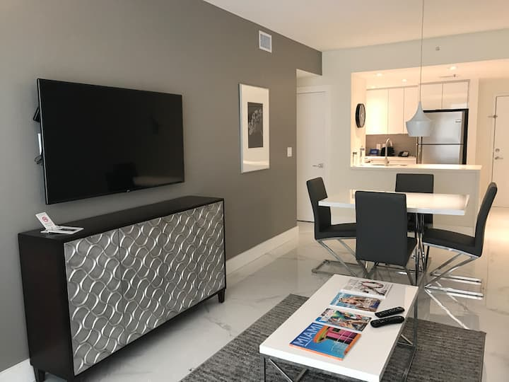 Luxurious Skyline Apartment in Miami Brickell