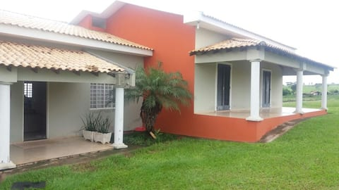 Casa de Chácara - quartos com varandas.