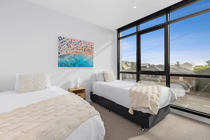 Bedroom 2 is set up with Twin Single beds, however this can be configured as a King size bed if requested at the time of booking.