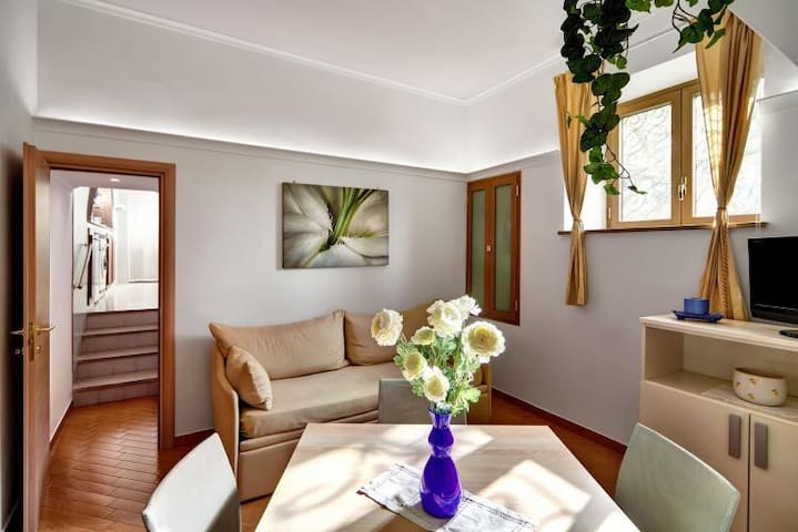 Lovely apartment in old center, close to the sea - Sorrent - Wohnung