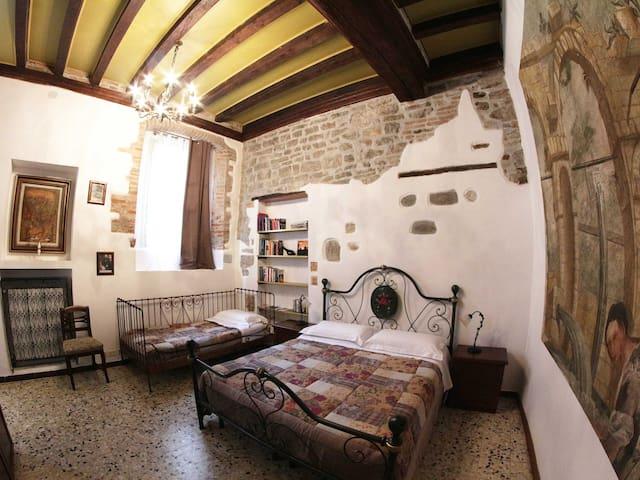 Casa Mario Lupo - Bergamo - House