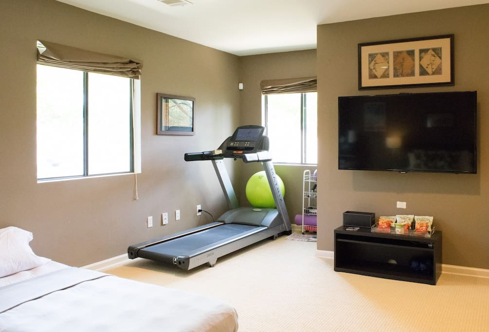 Need to get a work out in while you travel? Check out the treadmill, bosu ball, weights and yoga mat!