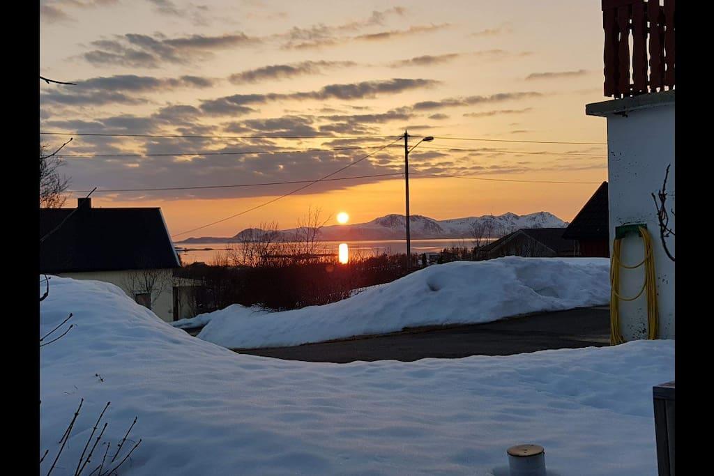Solnedgang fra huset