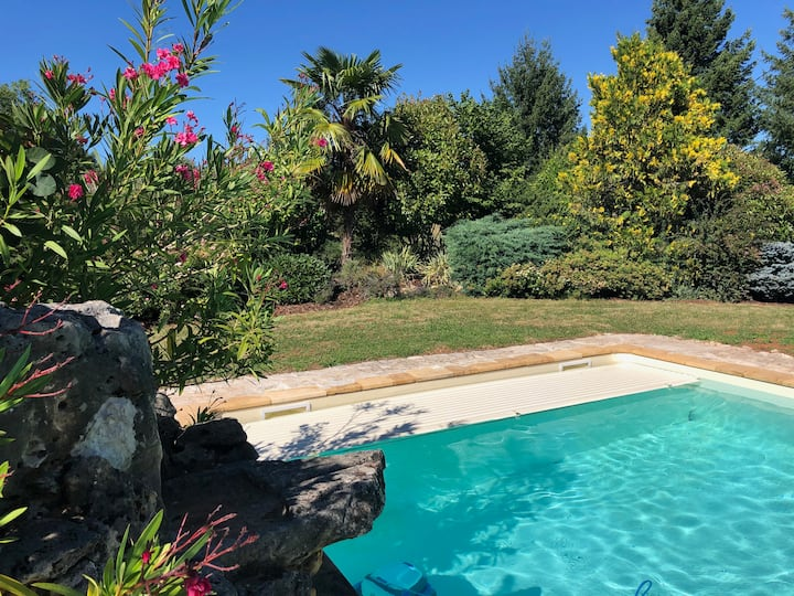 2 houses PRIVATE USE 6/7 pax-CONFORT-SWIMMING POOL