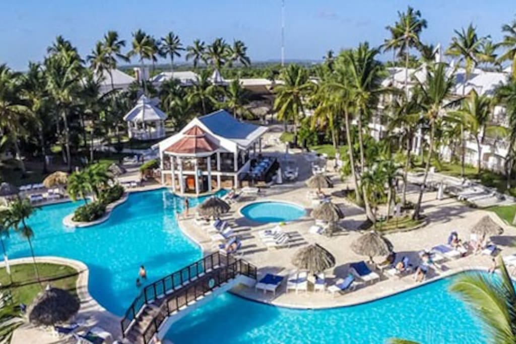 All inclusive 5 star resort belive punta cana for 5 star family all inclusive resorts