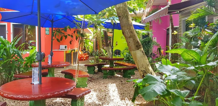 Jaco Lodge - Hab. Doble Cama Full+Beach Club