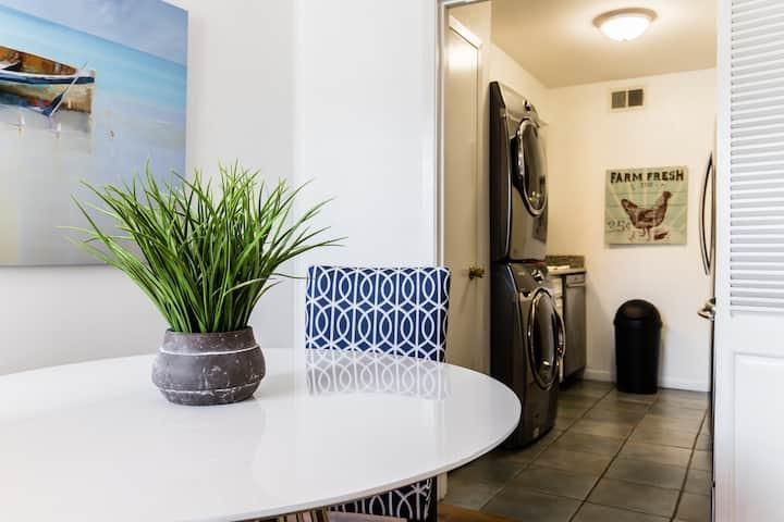Stylish Flat - Ideal Location