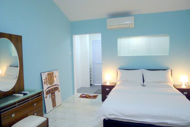 Master Room B3 nr MRT/CBP/CGH/SUTD/Airport/SIA