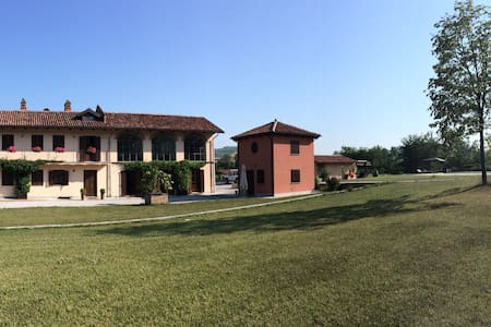 La piccola casa sulla collina - Dogliani