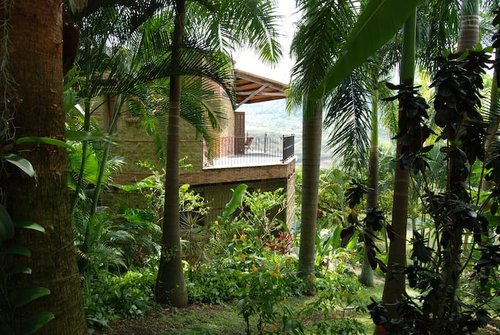 Paradisiaca casa de campo, naturaleza y descanso
