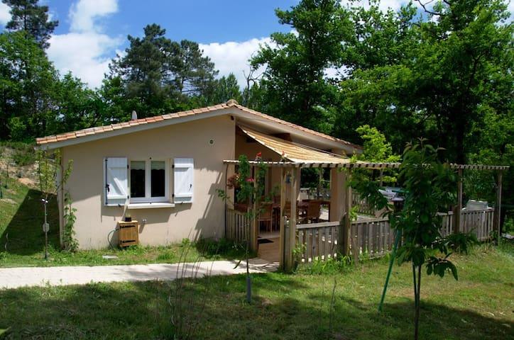 Genieten in de zonnige Charente in Frankrijk. - Brossac - Bungalow