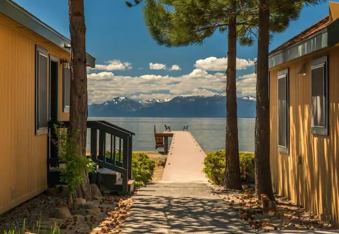 Hip Studio-North Tahoe-Private Beach & Pier