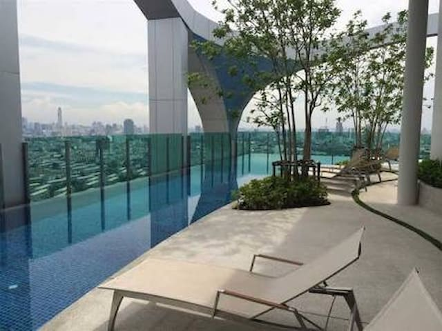 LUXURY 1 Bdrm, WIFI, Pool&Gym&Steam, MRT JJ market - Banguecoque - Apartamento