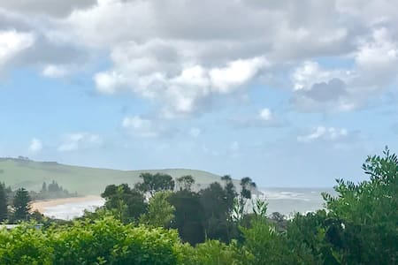 Pelicans Nest. Relaxing ocean view - Gerringong - 独立屋