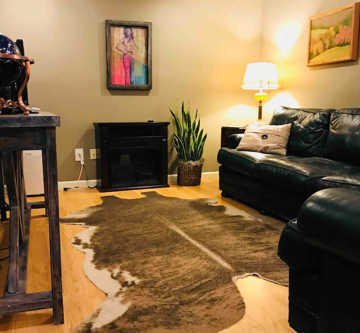Private Apartment in Historic Home Steps From UAB!