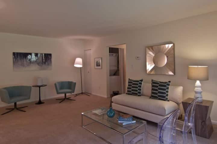 Clean apt just for you | 1BR in Yorktown