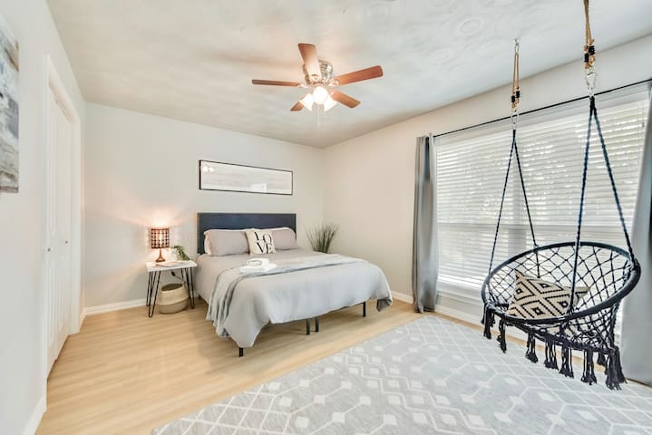 Furnished with a Plush Queen Size Bed