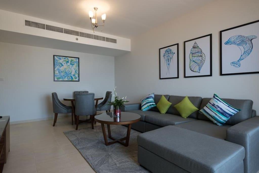 Relaxing & Comfy Living room