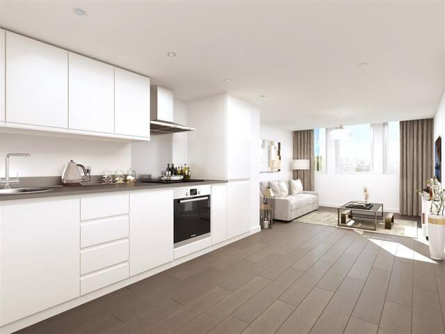 1 Bedroom Luxury apartment Gantshill station