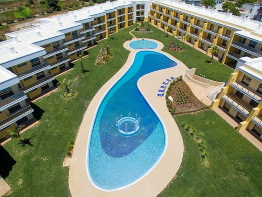 Really big pool area. Perfect for swim excercise or relaxing