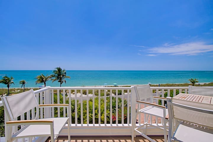 Beach Front Luxury Townhome - Captiva Island - Casa