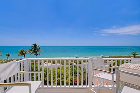 Beach Front Luxury Townhome - Captiva Island - Huis