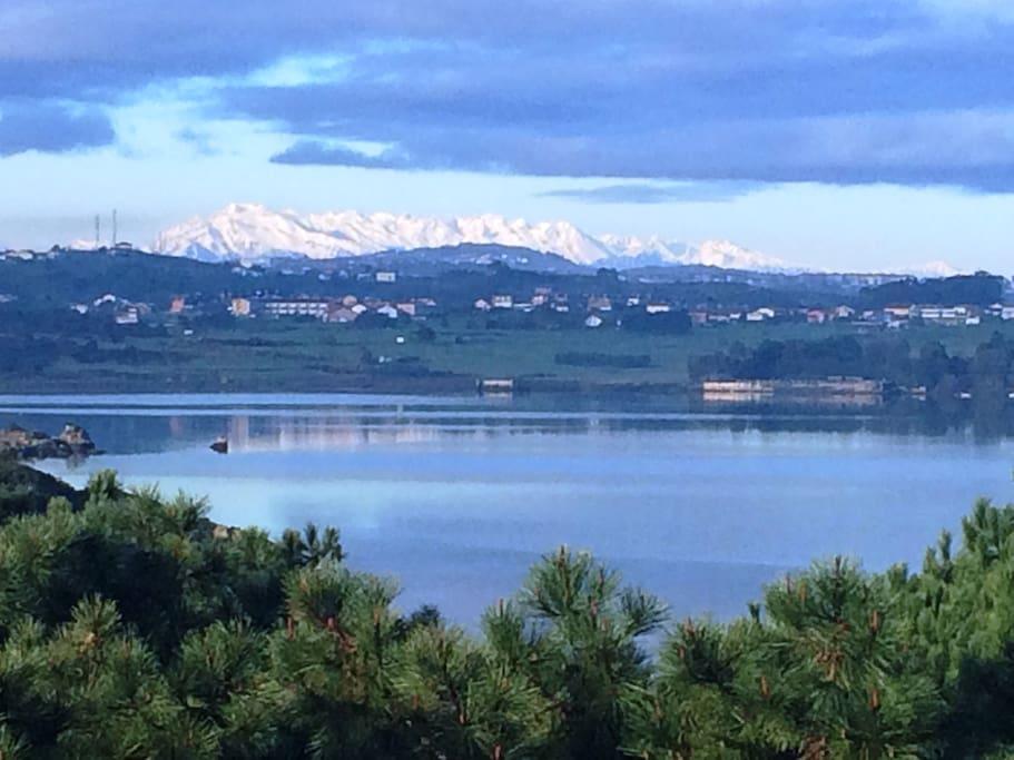 Vista desde la terraza Picos de Europa