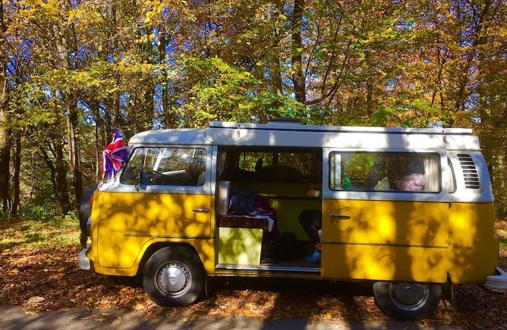 Little Miss Sunshine 1976 T2 VW Van - Tolmin - Husbil/husvagn