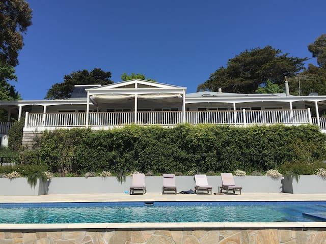 LionsGate - Luxury Family Resort