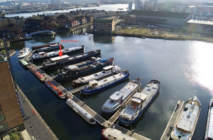 Studio Afloat on 38m Dutch Barge, at Canary Wharf