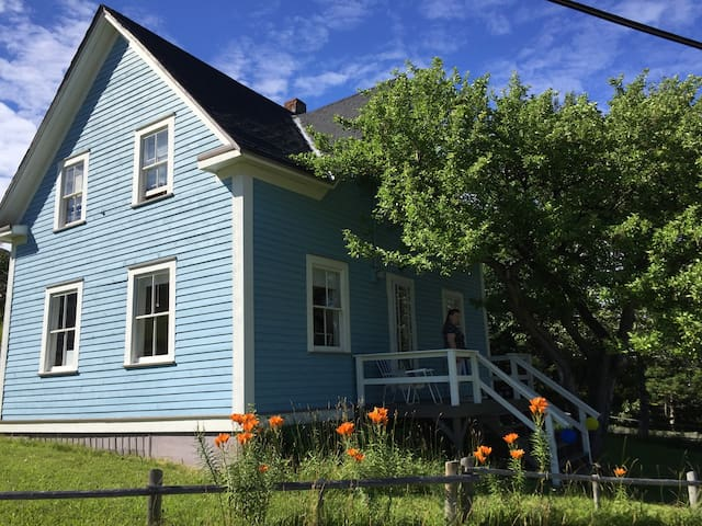 Gros Morne's own Hezikiah House