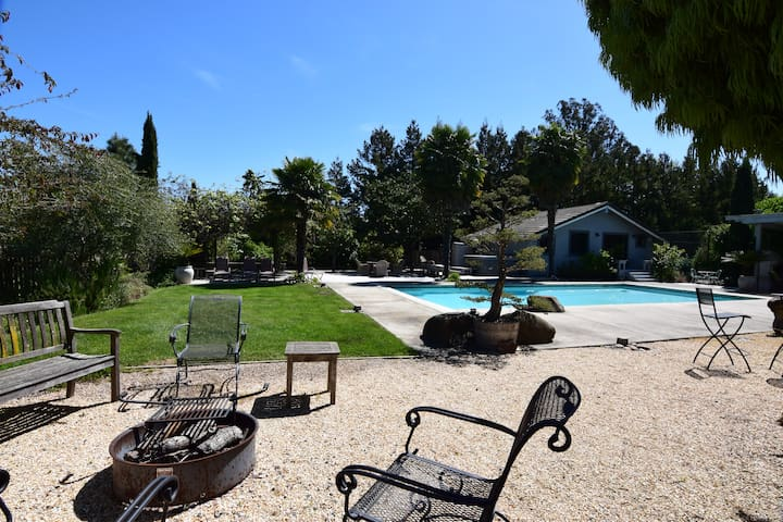 Gustafsson Estate- 4 Bedroom, 4.5 Bath estate in park like setting in vineyards with tennis court & pool