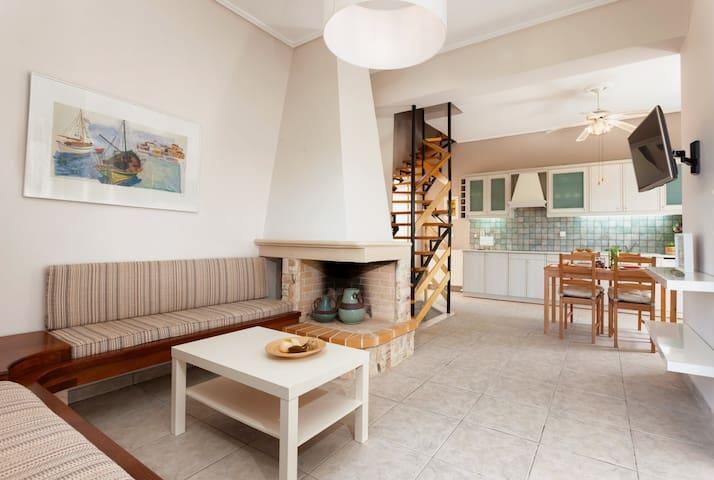 Galatea-Sea View 3-Floor Maisonette - Kipseli - บ้าน