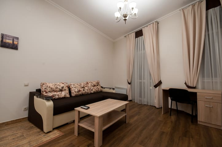 Wonderful flat on city center (Mukachivska 4/11)