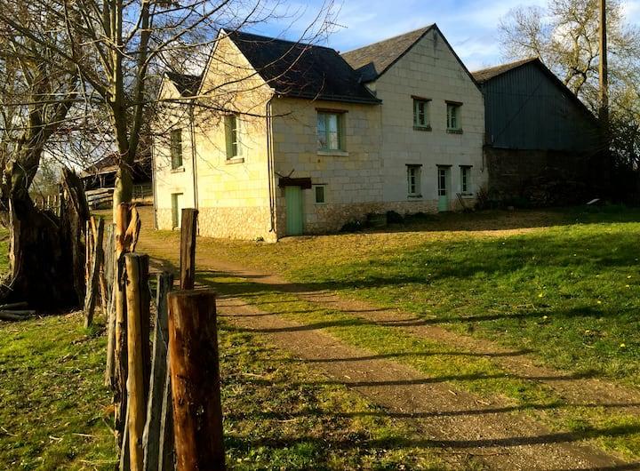 Maison à la campagne à 6 km de Saumur 农场别墅