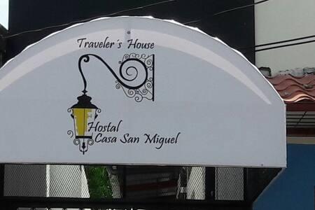 Casa San Miguel: Traveler's House - House
