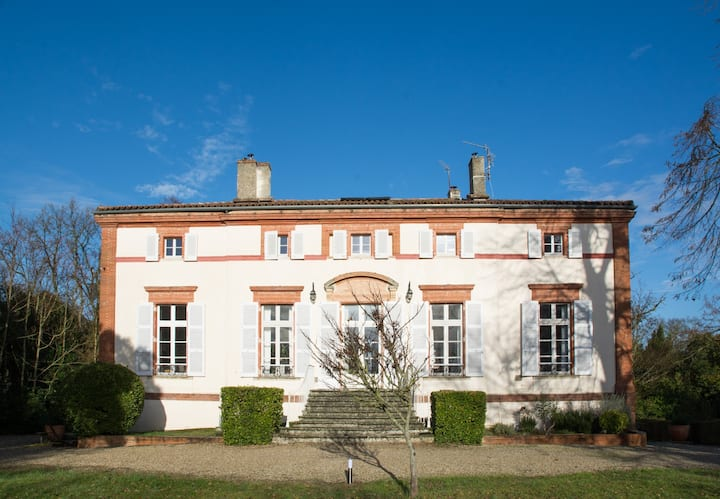 FRIENDLY FAMILY HOUSE JUST OUTSIDE TOULOUSE