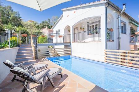 Preciosa villa con piscina privada, Lloret de Mar - Lloret de Mar - Vila
