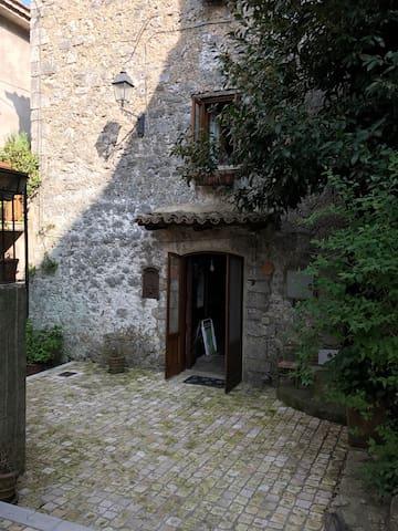 Posto incantevole - Lenola - House