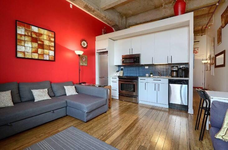 Trendy Elegant Downtown Loft Flat best location - Montréal