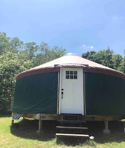 Charming Yurt Perfect for Glamping in NWA!